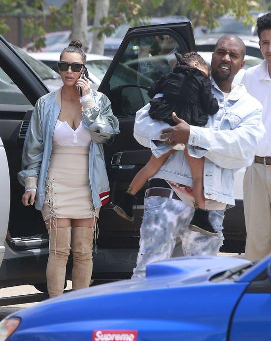 Kim Kardashian WYRZUCIŁA Kanye Westa z domu!