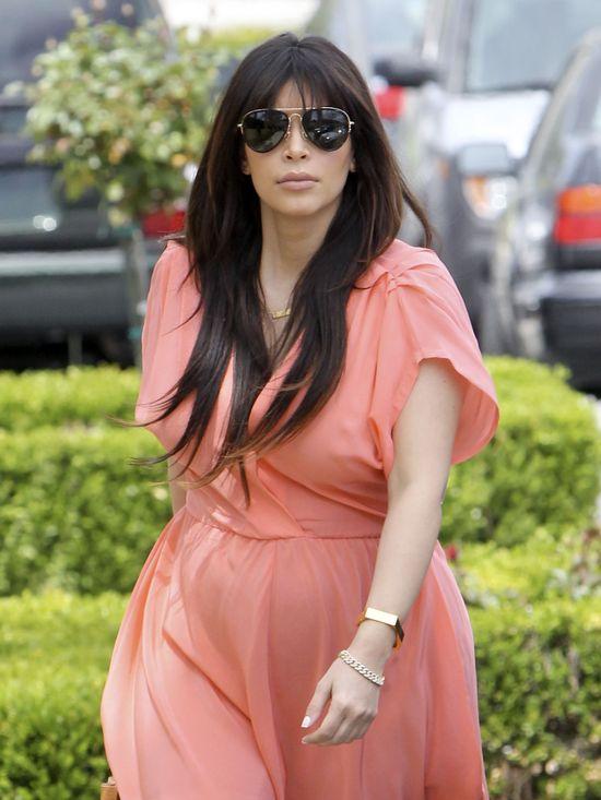 Kim Kardashian urodzi wcześniej, niż podawała na początku?
