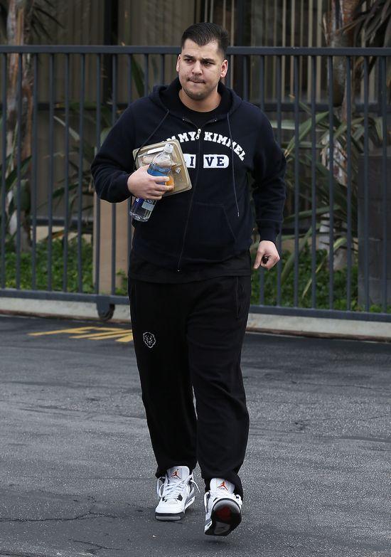 Rob Kardashian przytył 18 kilo (FOTO)