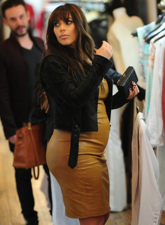 Kim Kardashian k�ama�a nie tylko na temat swojego rozmiaru…