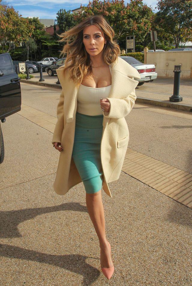 Kim i jej biust idą na zakupy (FOTO)