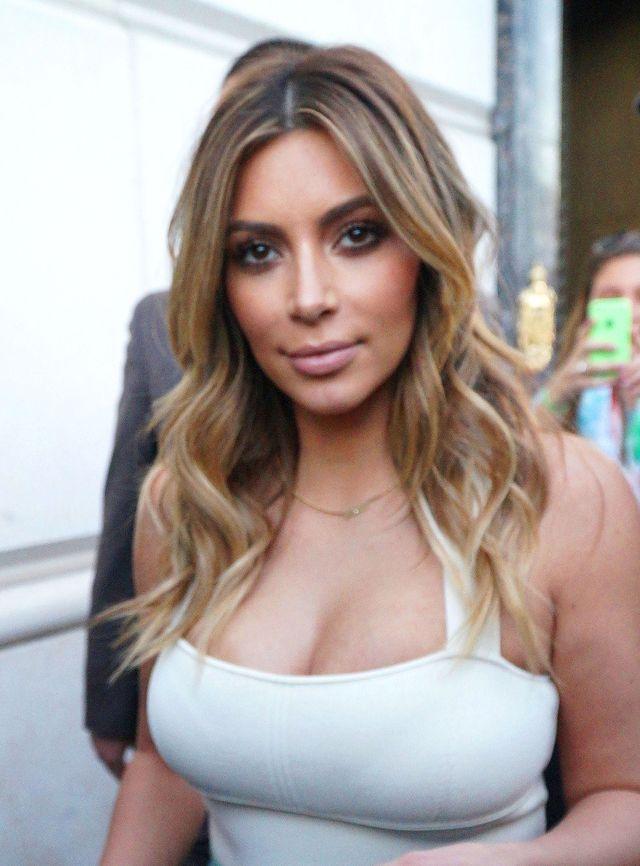 Zakupy rozgrzały Kim Kardashian! (FOTO)