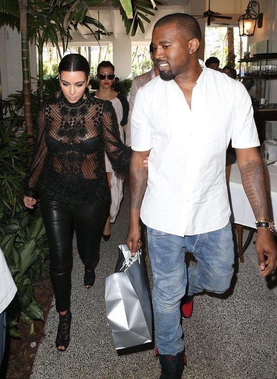 Wiecie, gdzie Kim Kardashian chodzi na randki? (FOTO)