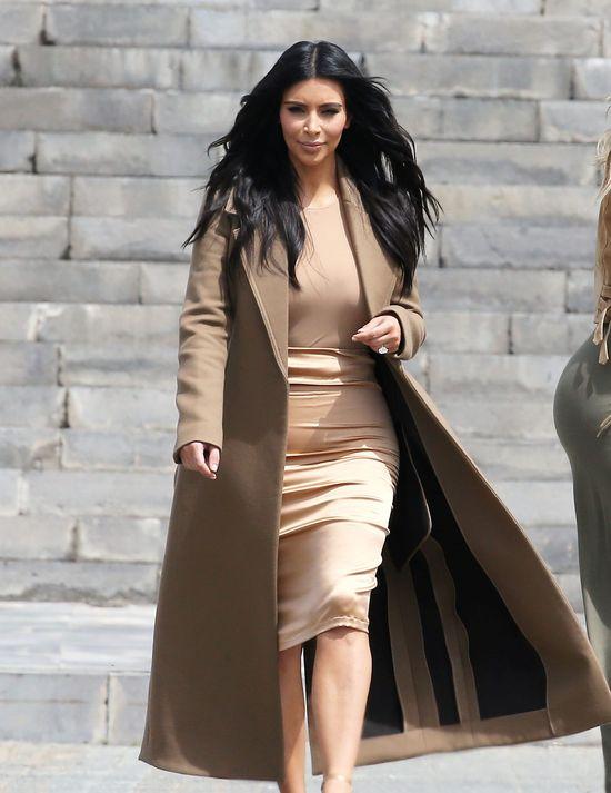 Khloe i Kim Kardashian podzieliły się bardzo wzruszającym zdjęciem