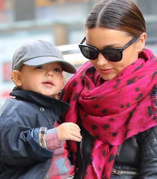 Mały Flynn Bloom robi się coraz bardziej uroczy (FOTO)
