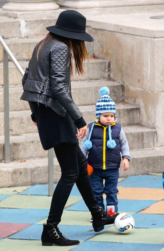 Nawet Miranda Kerr chadza na ustawki (FOTO)