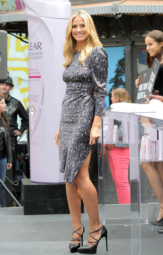 Gorąca Heidi Klum reklamuje kosmetyki do włosów (FOTO)