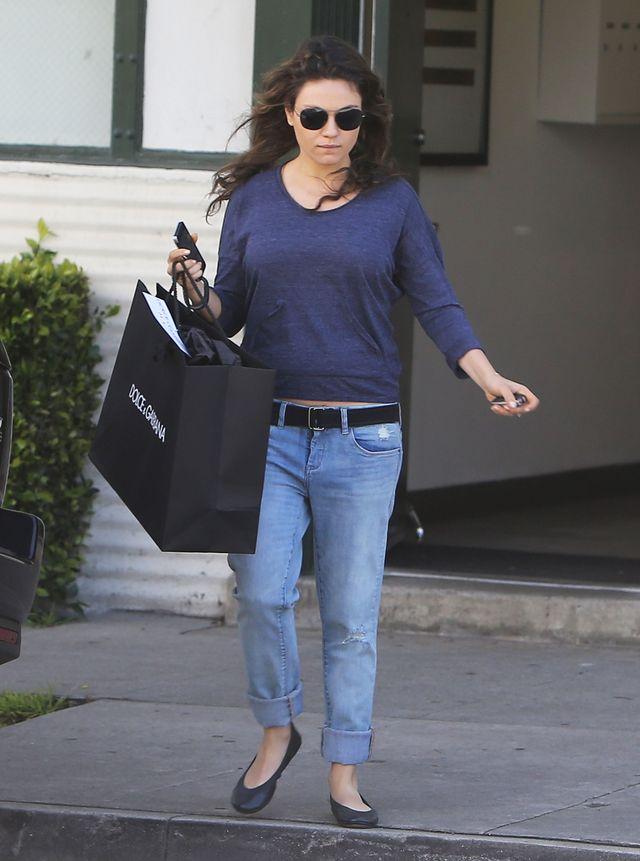 Czy u Mili Kunis widac już ciążowy brzuszek? (FOTO)