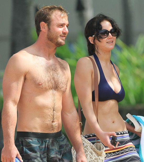Jennifer Lawrence świętuje w bikini na Hawajach (FOTO)