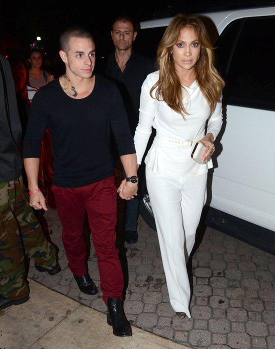 Jennifer Lopez wspierana silnym męskim ramieniem (FOTO)