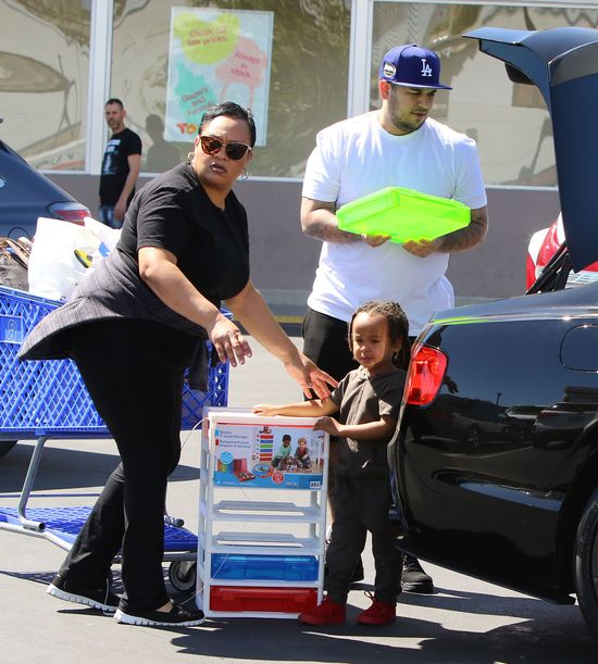 Rob Kardashian na zakupach... z synem Tygi