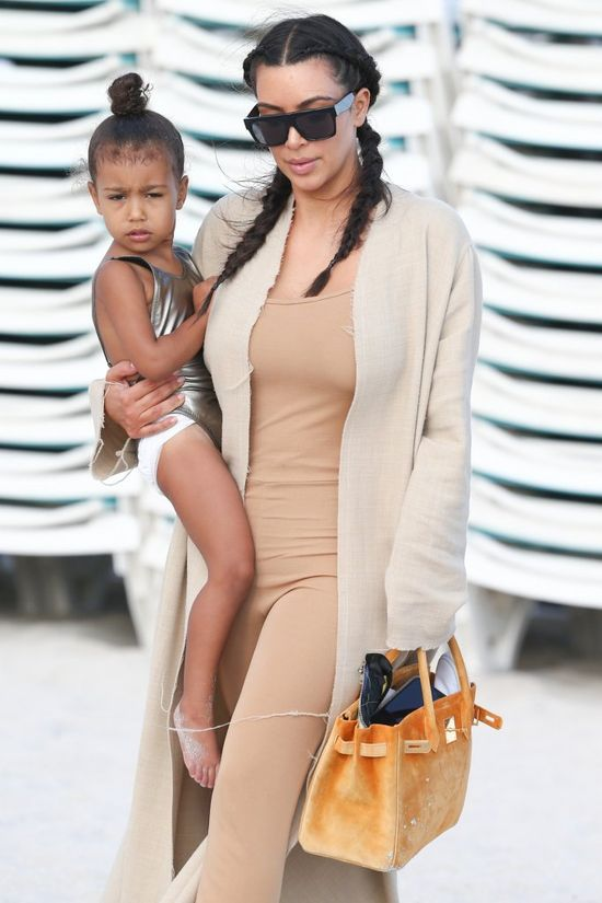 North West to KOPIA Kim Kardashian?! Kris Jenner w�a�nie to udowodni�a!