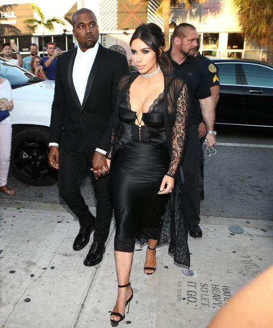 Publiczny debiut Saint Westa! Kim i Kanye musz� by� dumni! (FOTO)