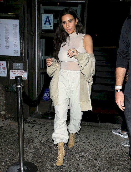Kim oraz Khloe Kardashian błagają Roba i Blac Chynę o nazwanie córeczki...