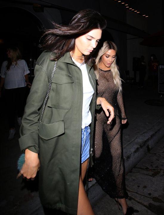 Kim Kardashian znowu jest blondynką. Znowu jej nie do twarzy (FOTO)