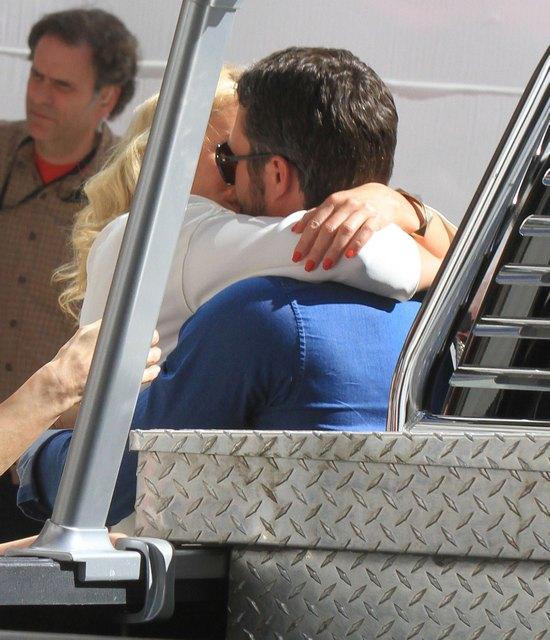 Z kim tak namiętnie całuje się Cameron Diaz? (FOTO)