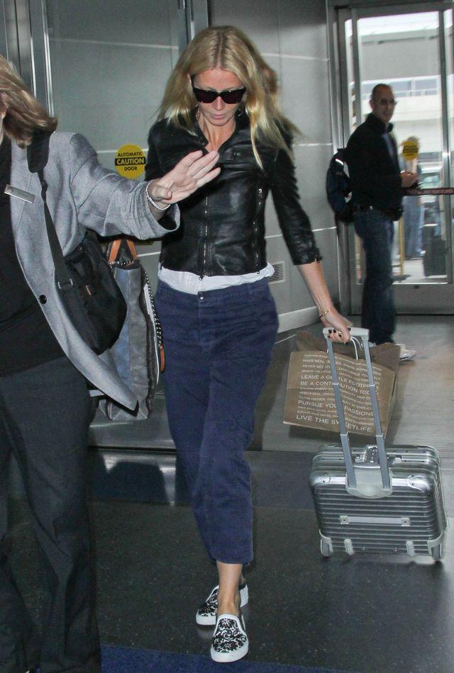 Zobacz, ile Twoich wyp�at nosi Paltrow w tej torebce (FOTO)