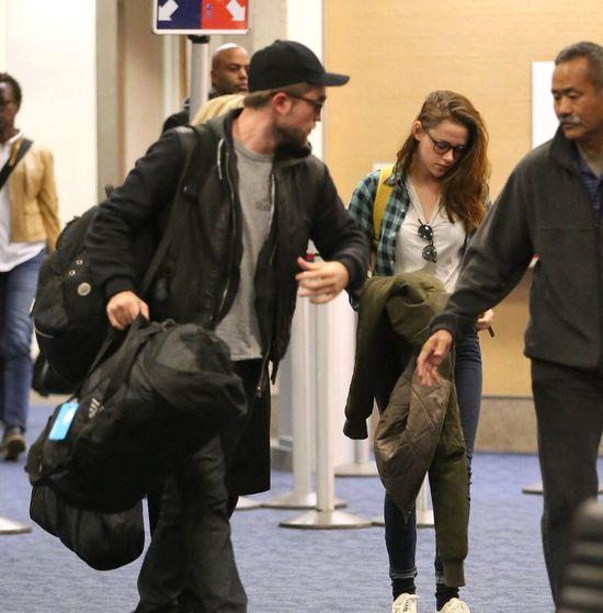 Kristen Stewart - Robert wr�ci�, ona przesta�a si� malowa�