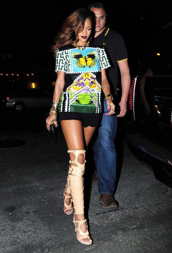Wyjściowa stylówka Rihanny (FOTO)