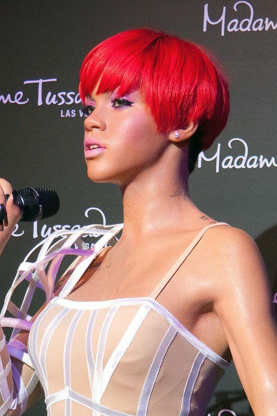 Kolejna woskowa figura Rihanny - podobna? (FOTO)