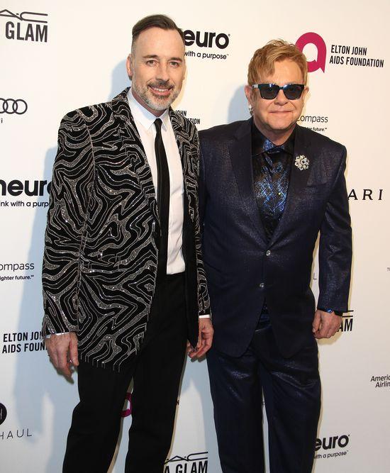 Elton John przez lata MOLESTOWAŁ swojego ochroniarza?