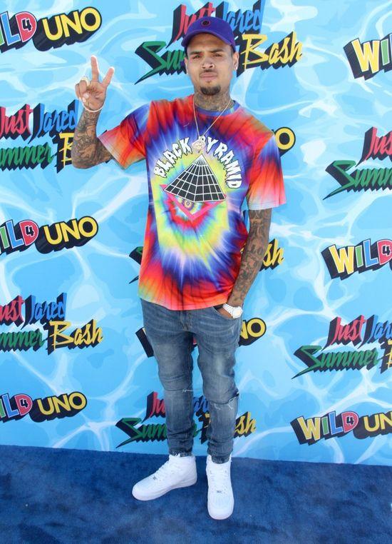 Chris Brown znowu wywołał skandal. Tym razem... zlekceważył hymn USA!