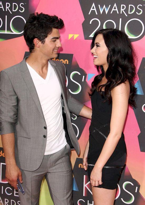 Demi Lovato utkn�a w widzie z Joe Jonasem na wiele godzin!