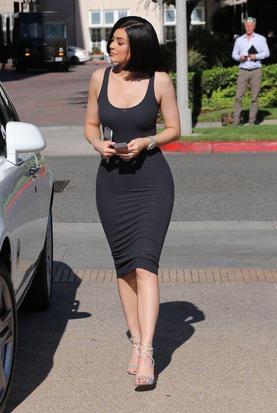 Diametralna metamorfoza Kylie Jenner! Fani zauważyli jednak, że...