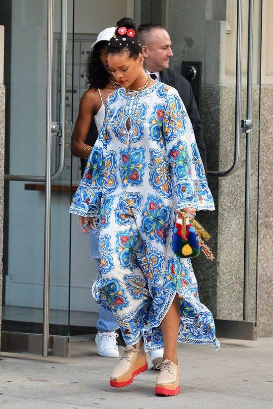 Rihanna ma problem? Została POZWANA za koncert... który się nie odbył!