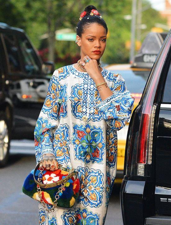 Rihanna mówi NIE graczom Pokemon Go na jej koncertach! (VIDEO)