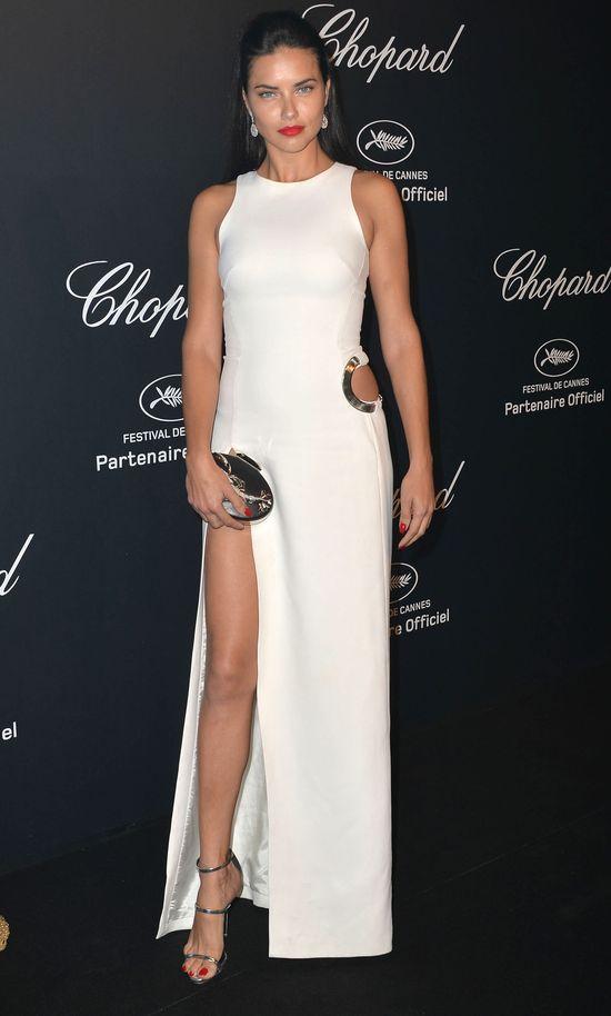 Chora Adriana Lima pokazała się bez make-upu!