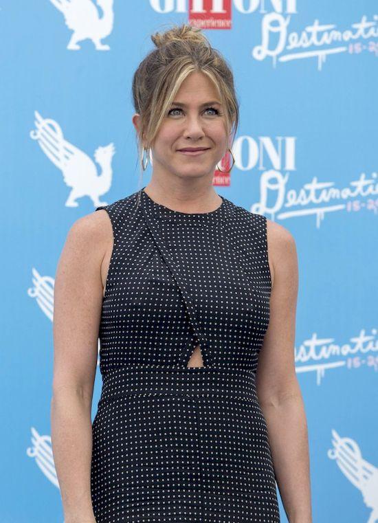 Jennifer Aniston nie wybaczyła swojej matce nawet po śmierci!