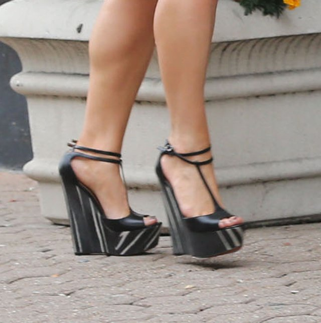 Modowa wpadka Jessiki Simpson (FOTO)