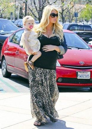 Kto pojawił się na baby-shower u Jessiki Simpson? (FOTO)