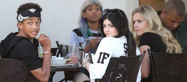Smithowie zabronili dzieciom spotykać się z Jennerkami?