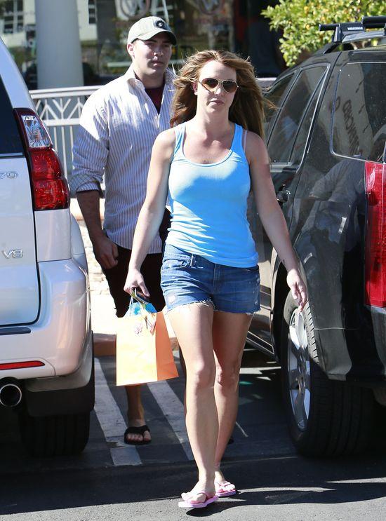 Poznajcie NOWEGO CH�OPAKA Britney Spears (FOTO)