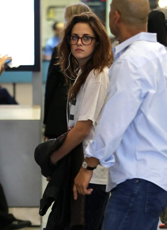 Kristen Stewart wysz�a z ukrycia (FOTO)