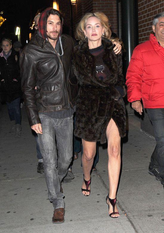 Sharon Stone i jej dużo, dużo młodszy kochanek (FOTO)