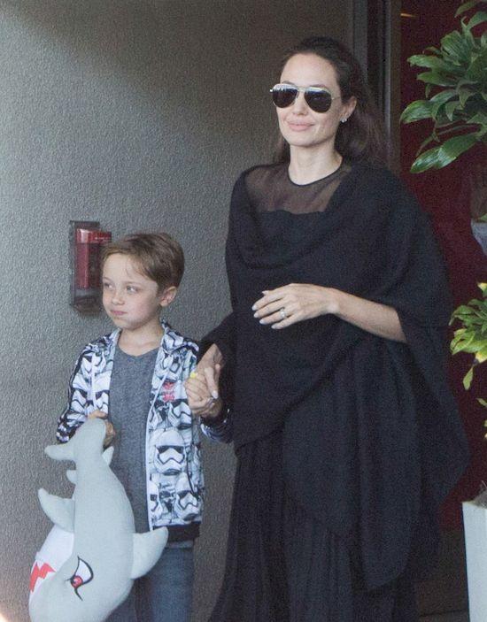 Angelina Jolie po raz kolejny pokazała wielkie serce kupując...