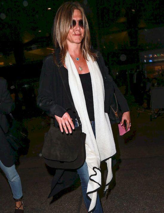 Jennifer Aniston musiała uciec z domu! To przez rozwód Brada Pitta?