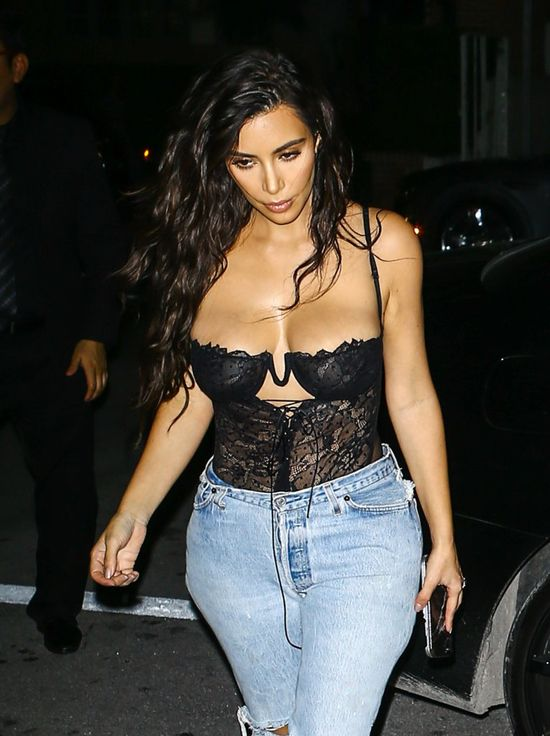 Nowe PRZERAŻAJĄCE wideo z napadu na Kim Kardashian ujrzało światło dzienne!