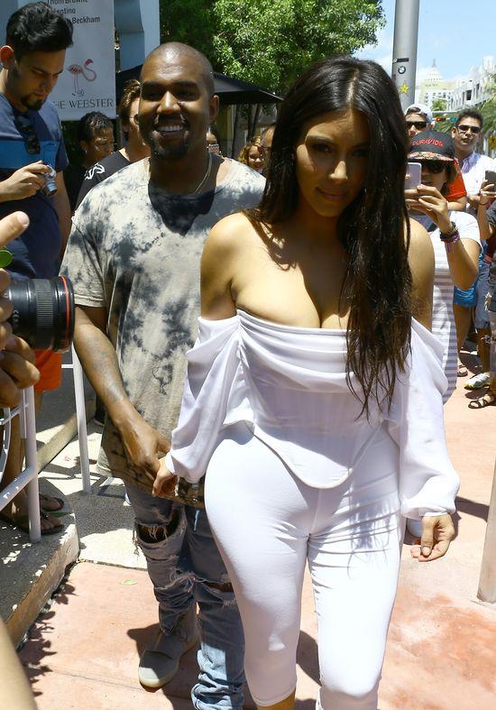 Niezwykły prezent Kanye Westa dla Kim Kardashian (SNAP)