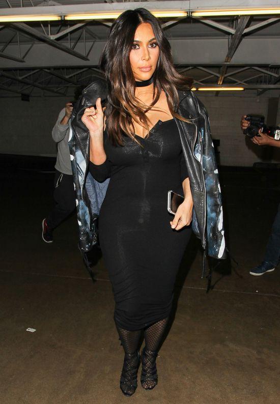 NIE UWIERZYSZ ile od porodu schud�a Kim Kardashian