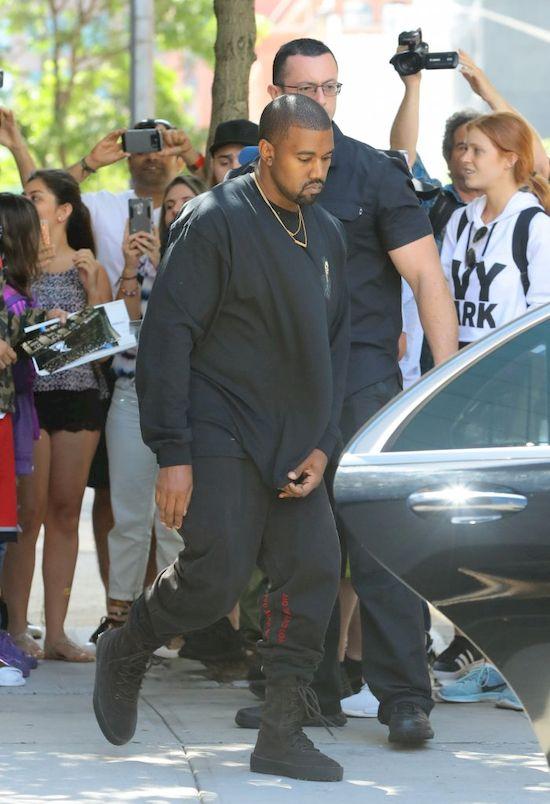 Kanye West pozbył się komórki, aby... mieć czas dla swojej sztuki