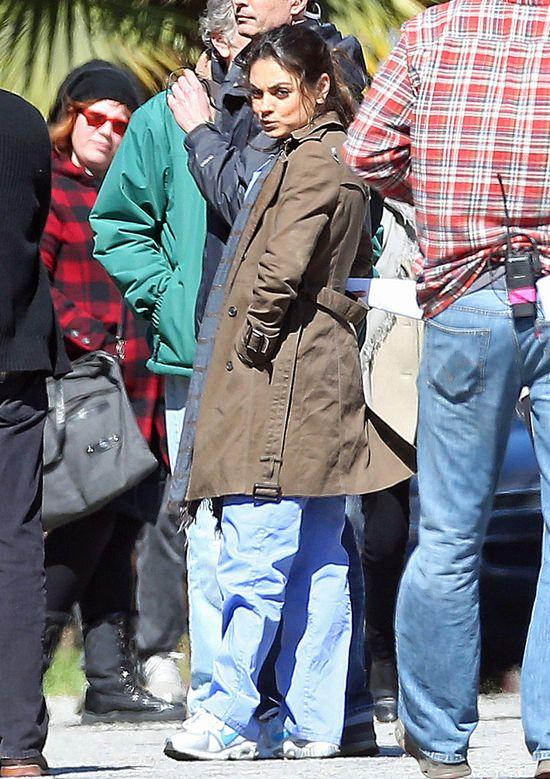 Mila Kunis na planie nowego filmu (FOTO)