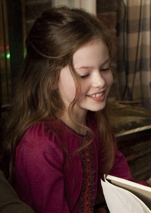 Mackenzie Foy, czyli Renesmee ze Zmierzchu, wyrosła na przepiękną kobietę (ZDJĘC