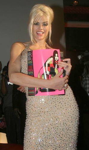 Anne Nicole Smith przedawkowała
