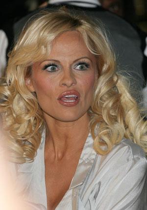 Seksowna Pamela Anderson na plaży!
