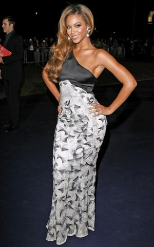 Beyonce pokazała pierścionek ślubny