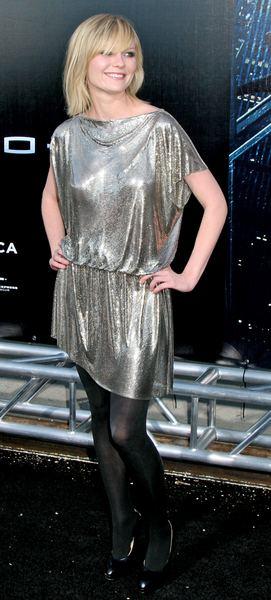 Kirsten Dunst w srebrze